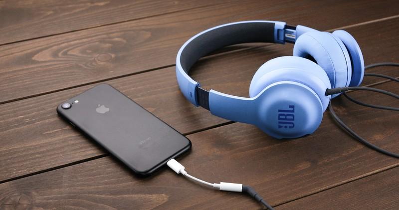 iPhone Xの音質をおすすめヘッドフォンで検証