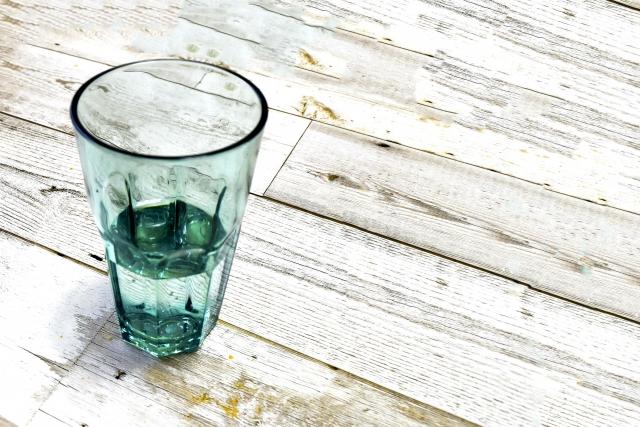 白湯を飲むことの効果と健康への影響