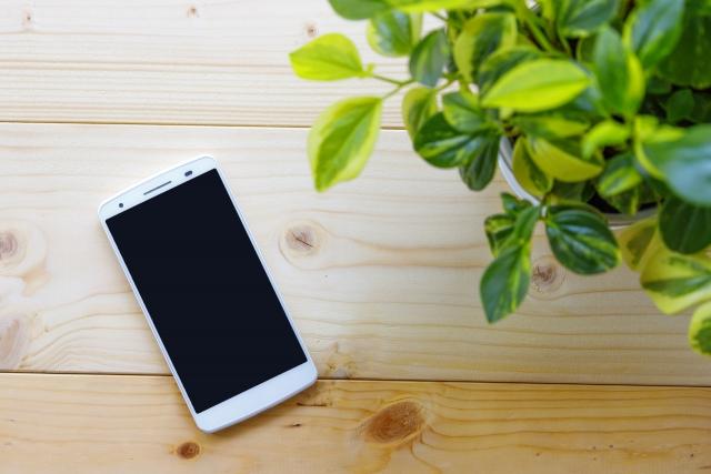 iPhoneXS XS Max XR発売!!全画面と顔認証採用